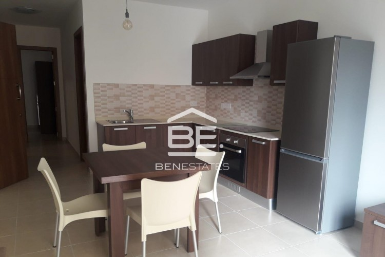 8 Bedroom Block of Apartments For Sale