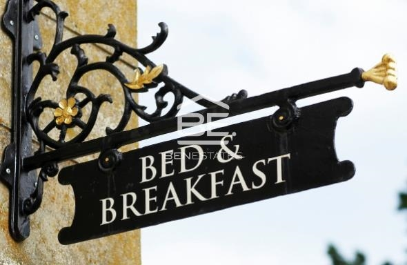 16 Bedroom Guest House For Sale