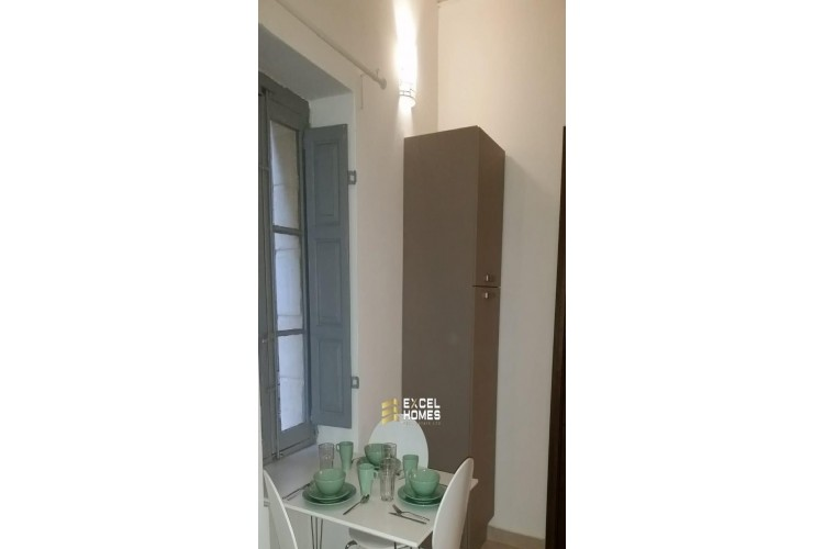 1 Bedroom Town House To Rent