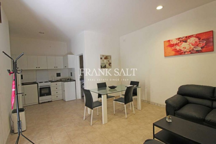 1 Bedroom House For Sale
