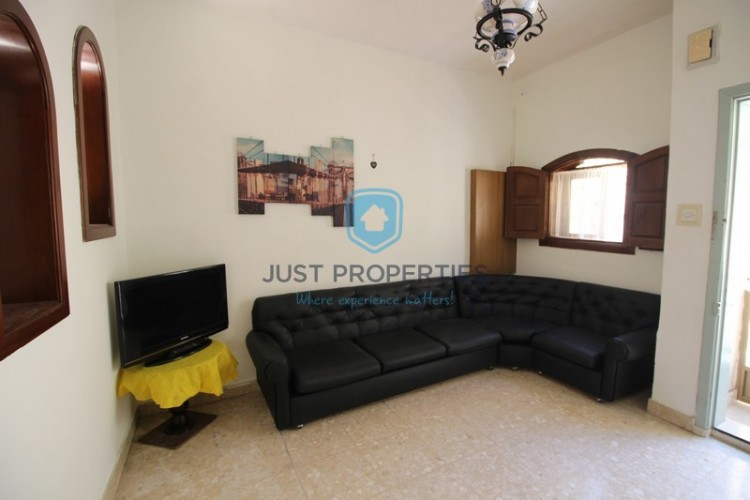 3 Bedroom Town House To Rent