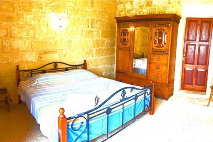 4 Bedroom Farm House For Sale
