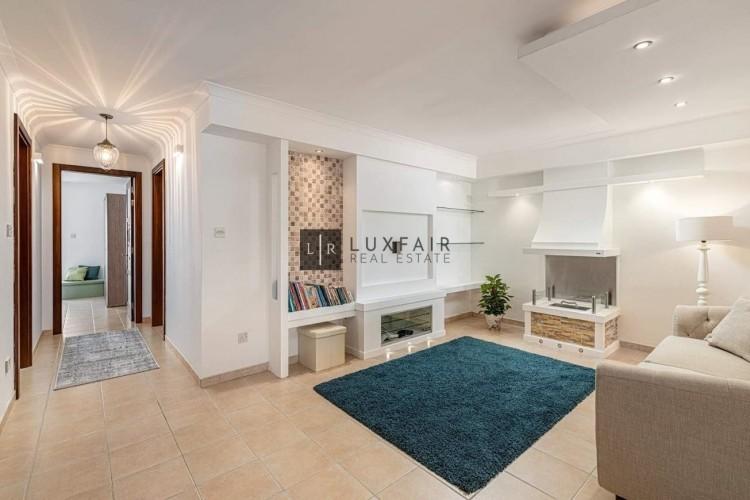 3 Bedroom Maisonette To Rent