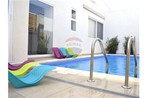 2 Bedroom Semi-Detached Villa For Sale