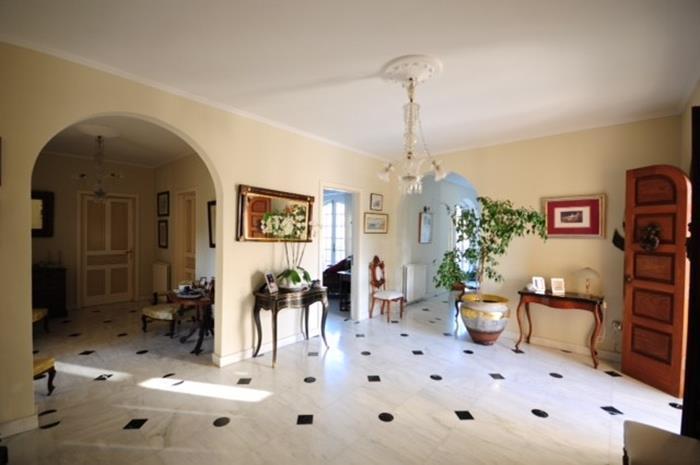 3 Bedroom Villa To Rent