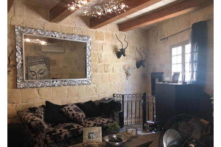 2 Bedroom House of Character To Rent