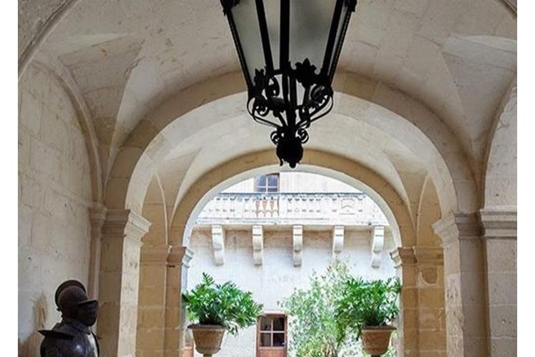 4 Bedroom Palazzo To Rent