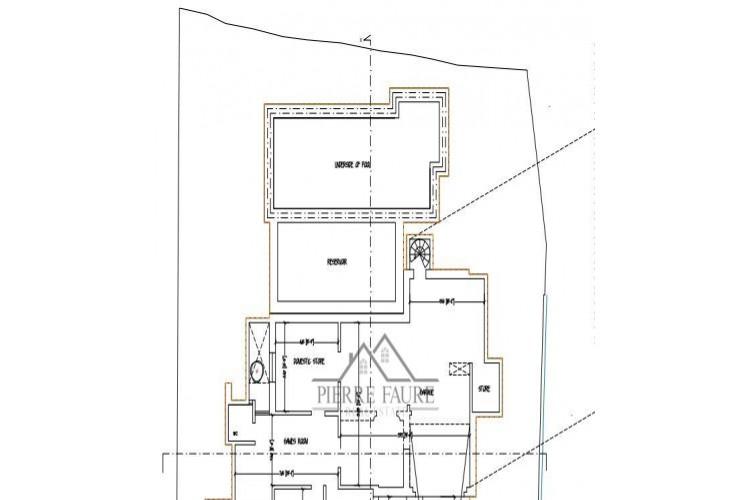 5 Bedroom Bungalow For Sale