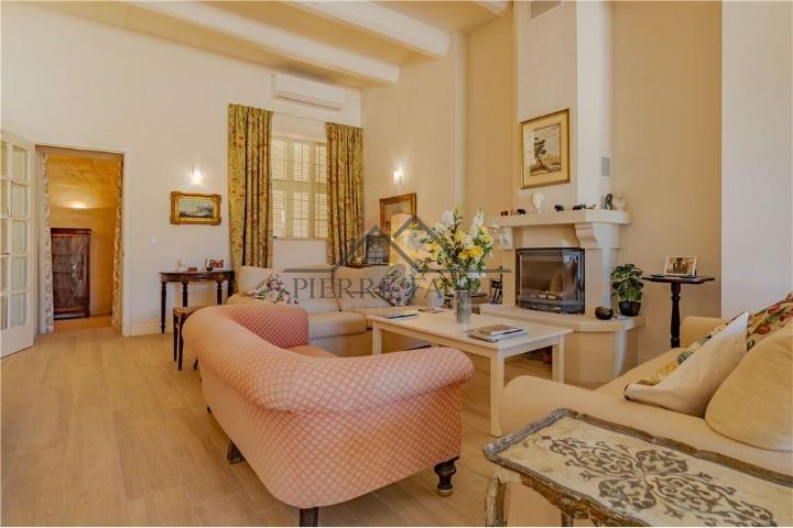 5 Bedroom House of Character For Sale