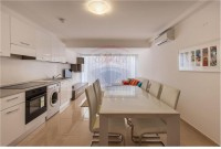 5 Bedroom Block of Apartments For Sale