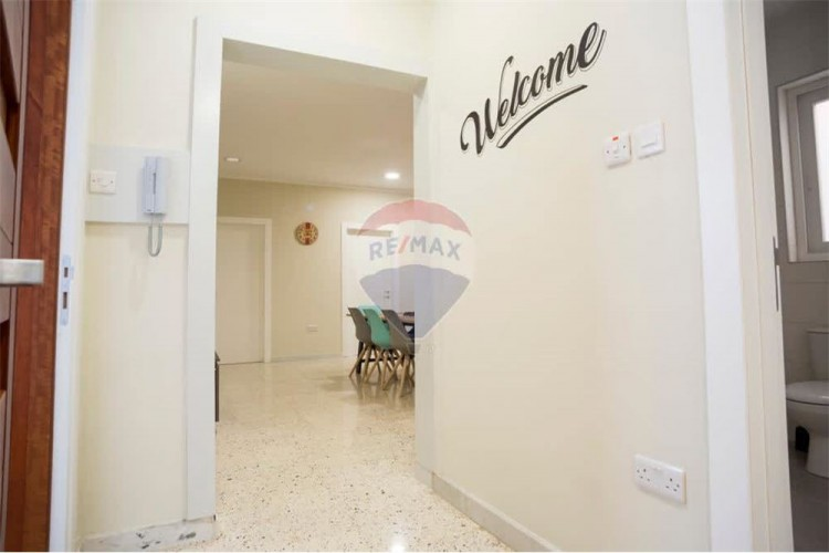 4 Bedroom Apartment For Sale