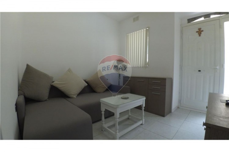 1 Bedroom Maisonette For Sale