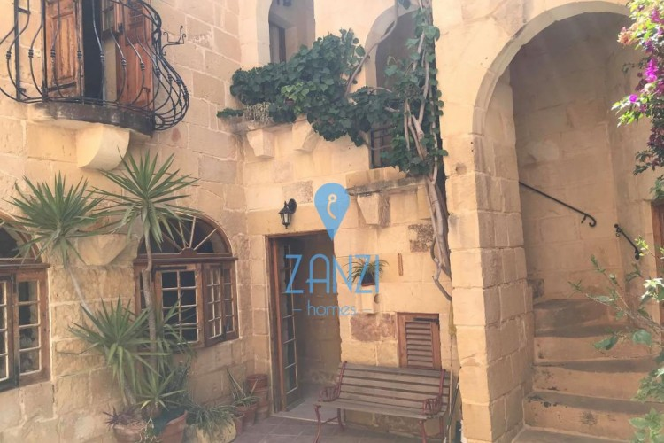2 Bedroom House of Character For Sale