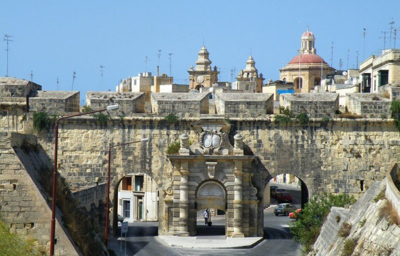 Cospicua-St-Helens-Gate