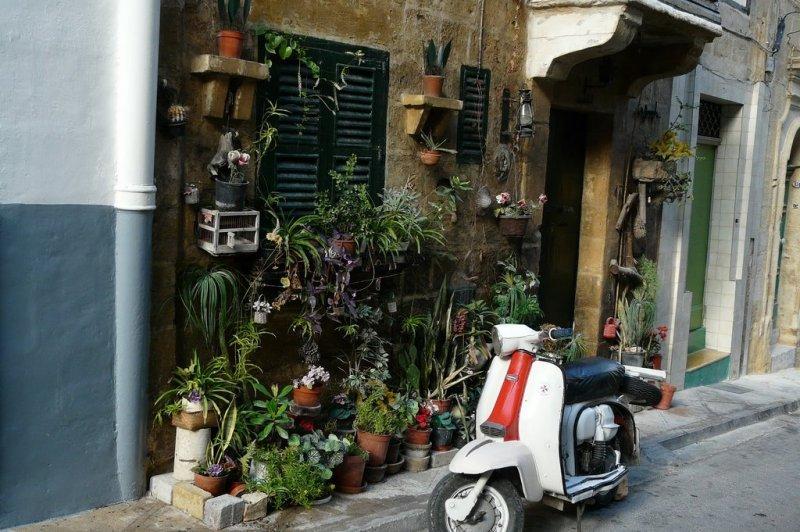 Senglea-Streets