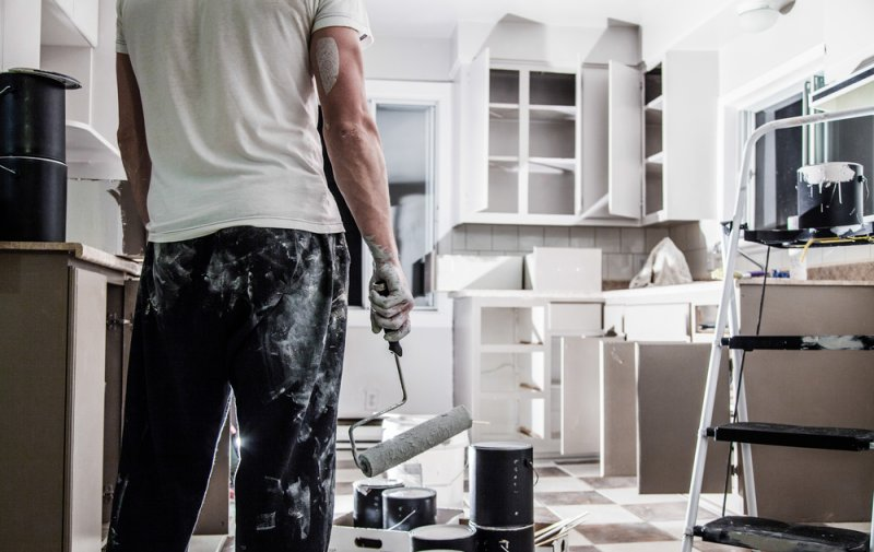 buying-property-malta-renovation-paint