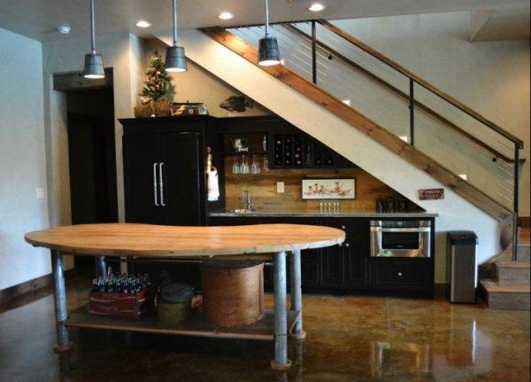 kitchen-under-stairs